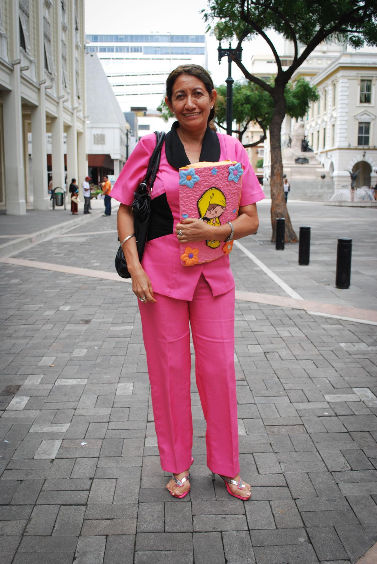 Encantador Vestidos De Fiesta De La Vieja Escuela Ilustración ...